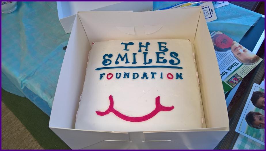 Smiles Cake