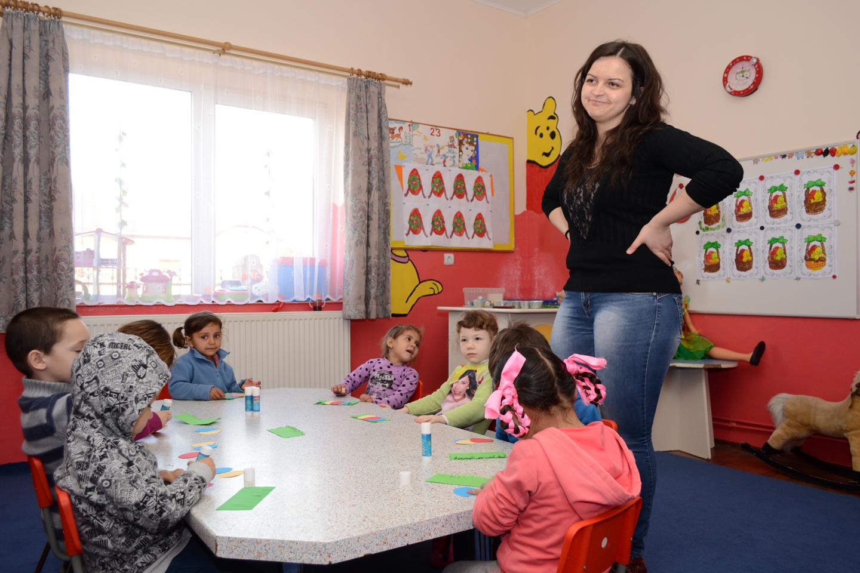 smiles300-Tileagd-education-school-simida