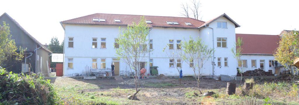 Dezna Building